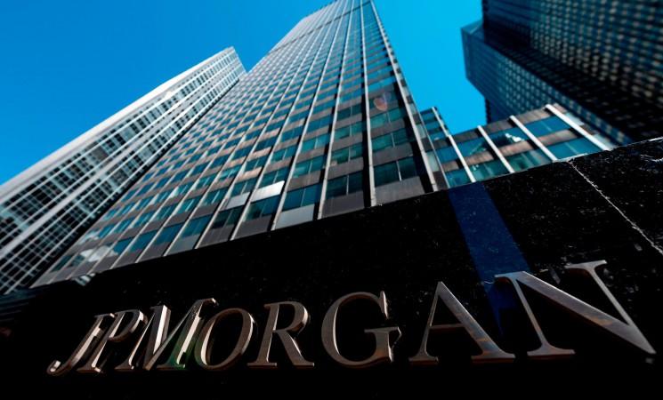 BBVA contrata a JP Morgan para absorber el Sabadell y encarga la 'due diligence'